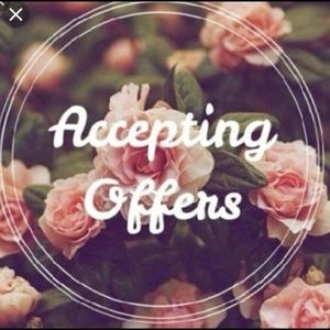 Other - I ACCEPT MOST OFFERS💖🌻